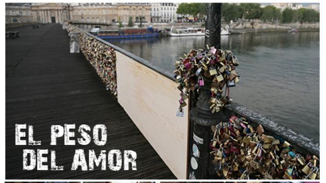 El peso del amor amenaza el puente de las artes